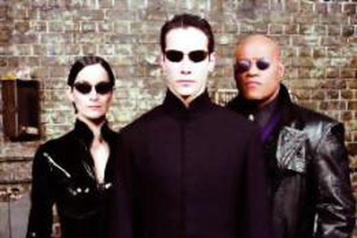 Keanu Reeves, svalur í einni af Matrix-myndunum.
