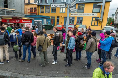 "A trip to the  Bæjarins bestu hot dog stand is a ""must-do"" for tourists visiting Iceland."