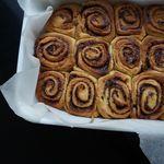 Kanilsnúðar með karmellu og pekanhnetum