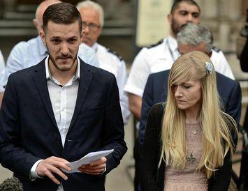 Chris Gard og Connie Yates, foreldrar Charlie Gard, tárvot fyrir utan yfirréttinn í Bretlandi í ...