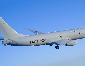 Bandarísk P-8 Poseidon.