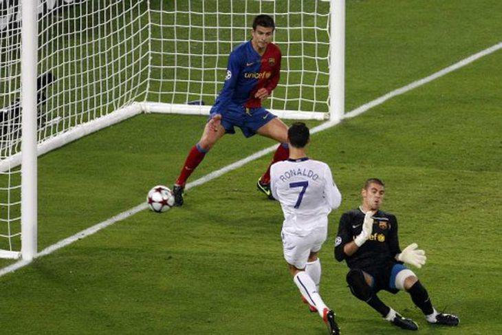 Ronaldo var nærri búinn að skora.