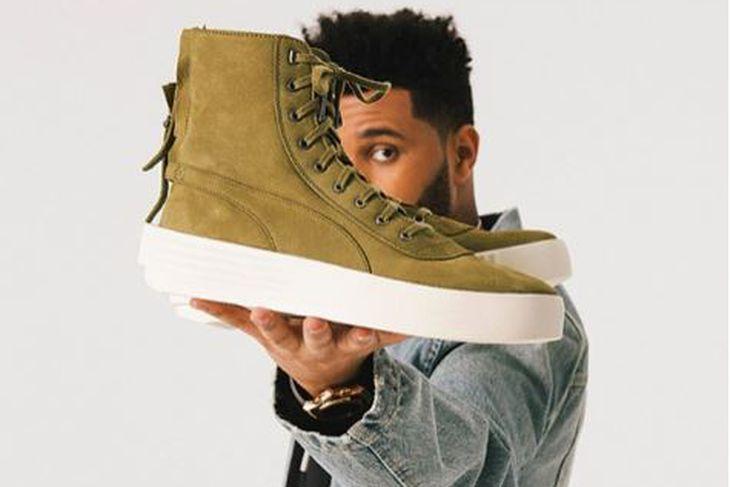 The Weeknd bindur miklar vonir við nýju stirgaskóna sem hann ...