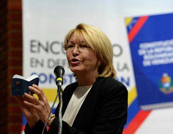 Luisa Ortega mun líklega sækja um hæli í Kólumbíu.