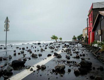 Strandlengja Martinique eftir að Maria fór þar um.