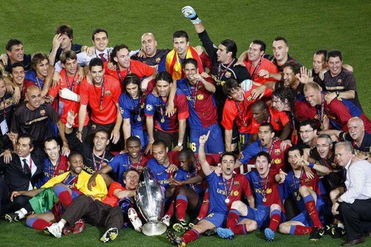 Leikmenn Barcelona fagna sigri.