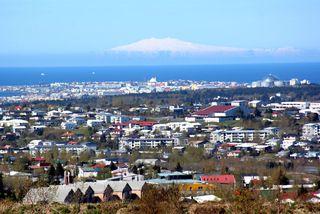 Húsnæðisverðið á Íslandi hækkaði um 16,01% milli ára fyrstu þrjá mánuði ársins samkvæmt úttekt Global ...