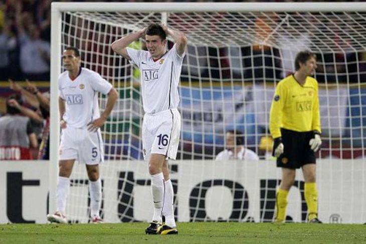 Rio Ferdinand, Michael Carrick og Edwin van der Sar vonsviknir eftir mark Messi.