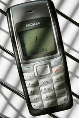 Nokia 1100 síminn, sem hannaður var 2002, hefur selst í ...