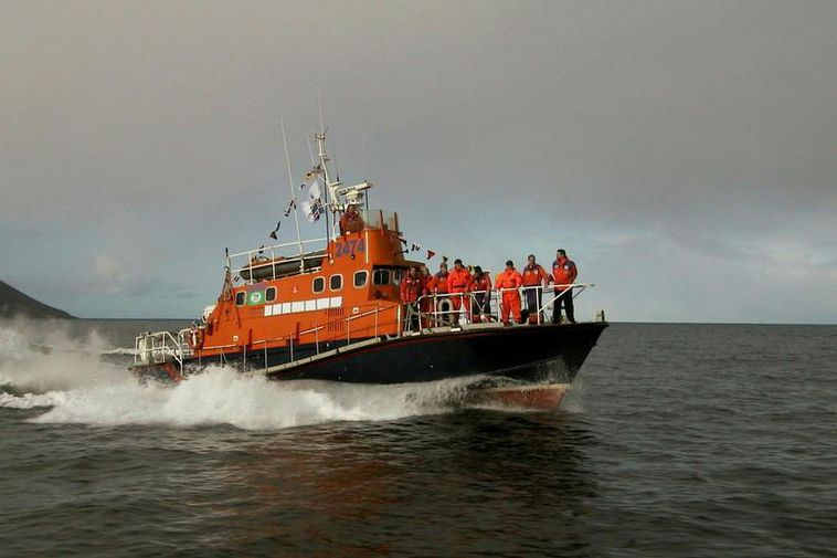 The men were picked up by Iceland's Search and Rescue volunteer organization.