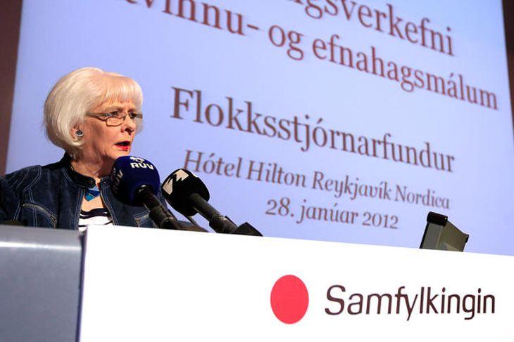 Jóhanna Sigurðardóttir, formaður Samfylkingarinnar og forsætisráðherra, setti fundinn í morgun.