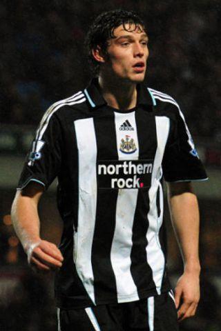 Andy Carroll skoraði tvö mörk fyrir Newcastle í kvöld.