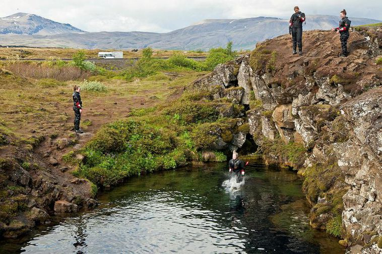 Up to eight to ten thousand people dive in Silfra every year.