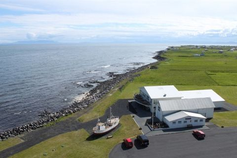 Folk Museum in Garður & Lighthouses