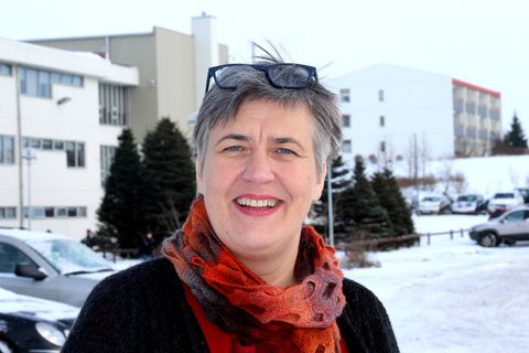 City Councillor Björk Vilhelmsdóttir's proposal will be discussed at a City Council meeting today.