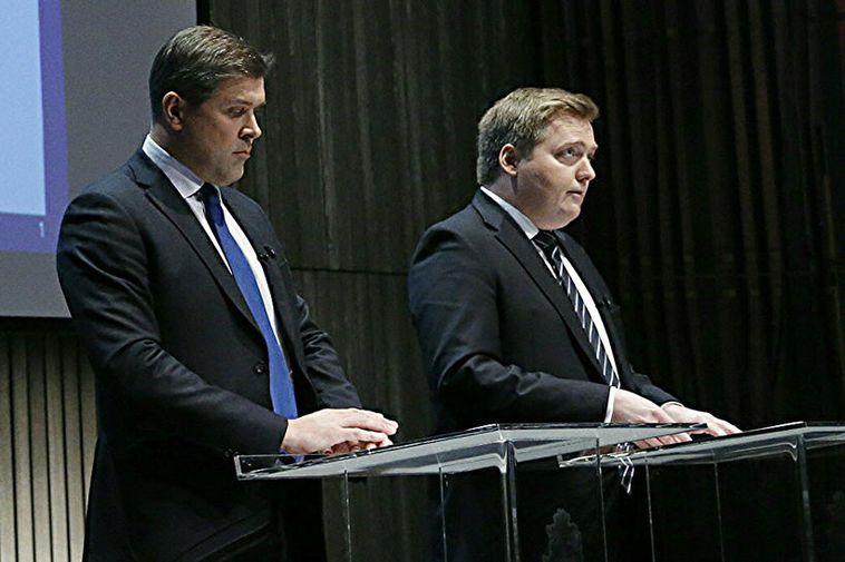 Bjarni Benediktsson and Sigmundur Davíð Gunnlaugsson at the press conference in Harpa today.