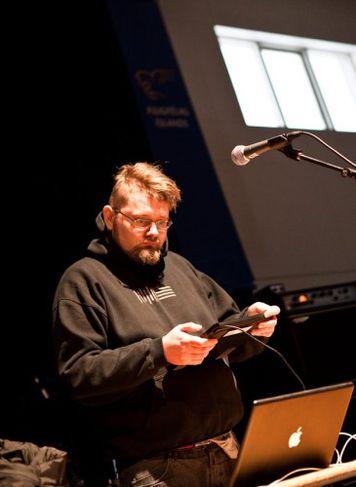 Tónlist úr öllum áttum var spiluð á hátíðinni. Þar á meðal raftónlistamaðurinn Biogen.