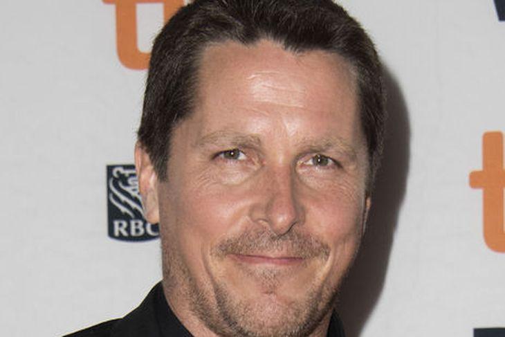 Christian Bale er búinn að bæta töluvert á sig.