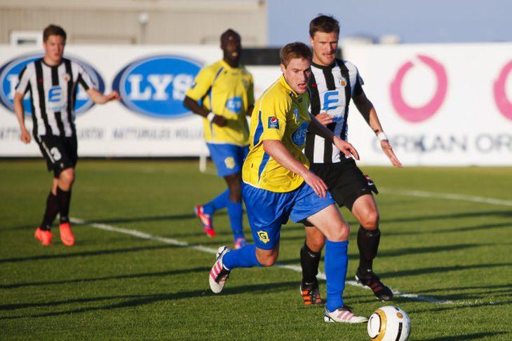 Iain Williamson kom til Grindavíkur frá Raith Rovers í júlí 2012. Hann er nú kominn ...