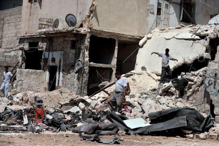 Mörg hverfi í borginni Aleppo hafa verið jöfnuð við jörðu í átökunum í Sýrlandi.