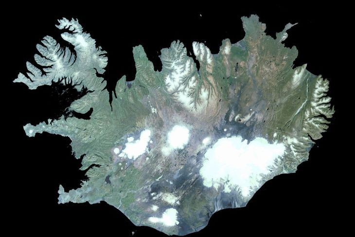 Satellite image of Iceland. Bárðarbunga is a part of Vatnajökull, the large glacier in the ...