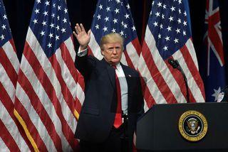 Donald Trump vill að nýja skattafrumvarpið verði afgreitt fyrir jól.