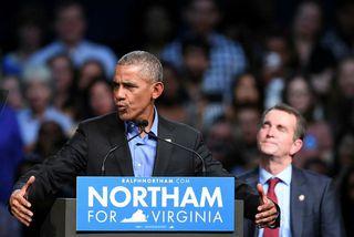 Barack Obama í ræðustólnum í Virginíu.