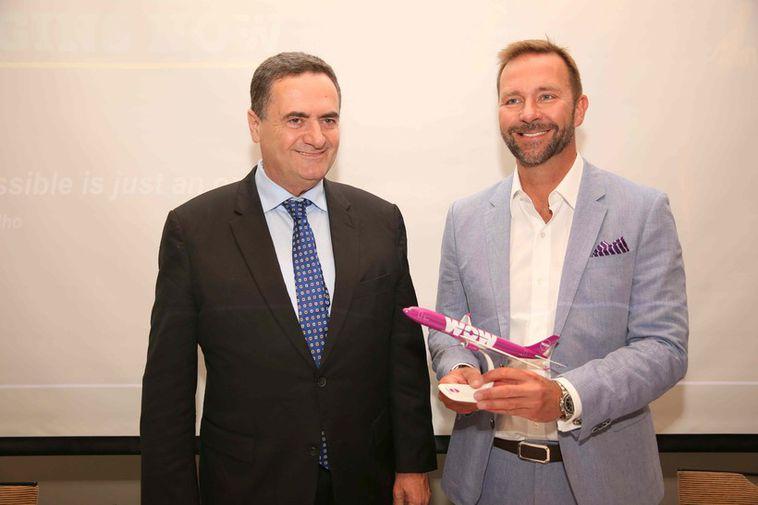 Yisrael Katz, the Israeli Minister for Transport, and Skúli Mogensen.