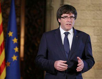 Carles Puigdemont ávarpaði Katalóníubúa í gær.