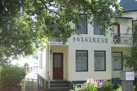 Guesthouse Sólgarðar
