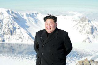 Kim Jong-Un var hinn kátasti er hann dvaldi á fjallinu.