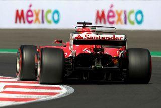 Laus skrúfa hrellti Sebastian Vettel á æfingunni í Hermanos Rodriguez brautinni í Mexíkóborg.