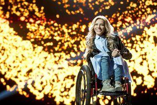 Söngkonan Yuliya Samoilova fékk ekki að taka þátt í Eurovision. Rússar drógu sig í kjölfarið ...