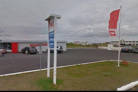 Hellissandur - Bus Stop (N1) - Strætó