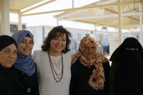 Eliza Reid meets women at the Zataari refugee camp in Jordan.