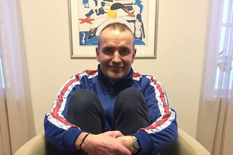 The President of Iceland shows his support for people with Down's syndrome by wearing mismatched socks.