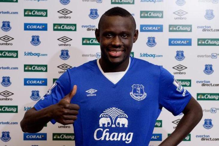 Oumar Niasse er kominn til Everton frá Lokomotiv Moskva fyrir 13,5 milljónir punda. Hann er ...