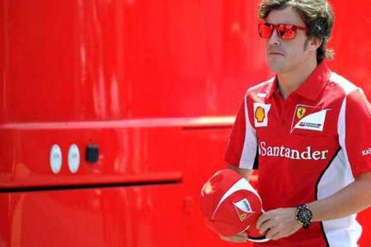 Alonso ætlast til að framfarir eigi sér stað hjá Ferrari í Barcelona.