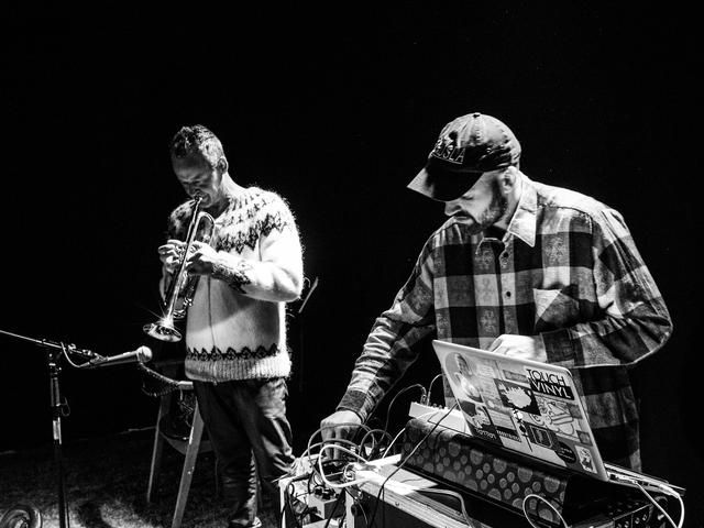 Electronic live music from Möller Records
