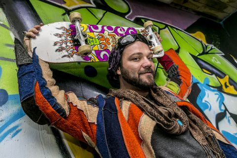 Bam Margera has not pressed charges against Icelandic rappers and blames the incident on Leon Hill.