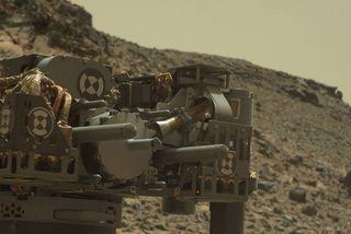Hluti af bor Curiosity á mynd frá því í febrúar í fyrra.