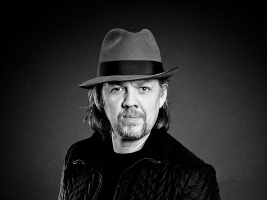 Af fingrum fram - Helgi Björnsson