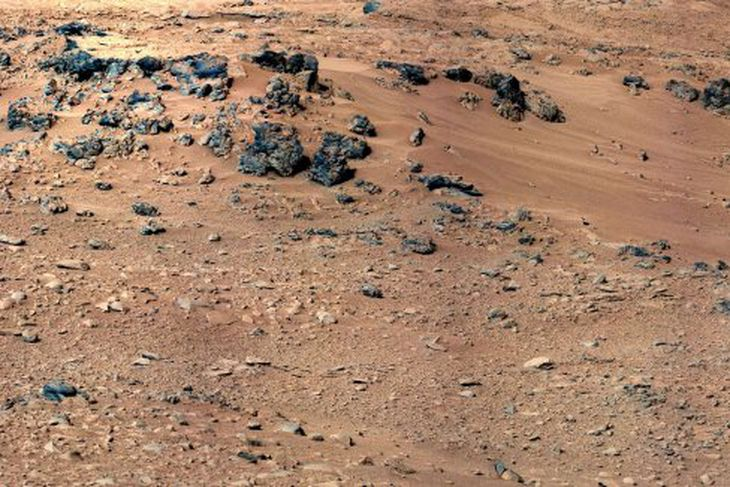 Mars er gjarnan kölluð rauða plánetan vegna rauðra sanda.