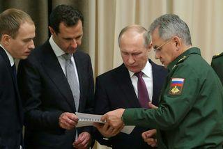 Bashar al-Assad (annar frá vinstri) og Vladimír Pútín á fundinum í Sochi.