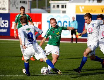 Daníel og Jóhann Laxdal í baráttu við Martin Lund, leikmann Breiðabliks.