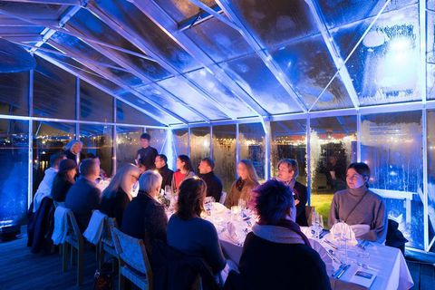 A meal conducted in silence hosted by Finnish artist Nina Bachman.