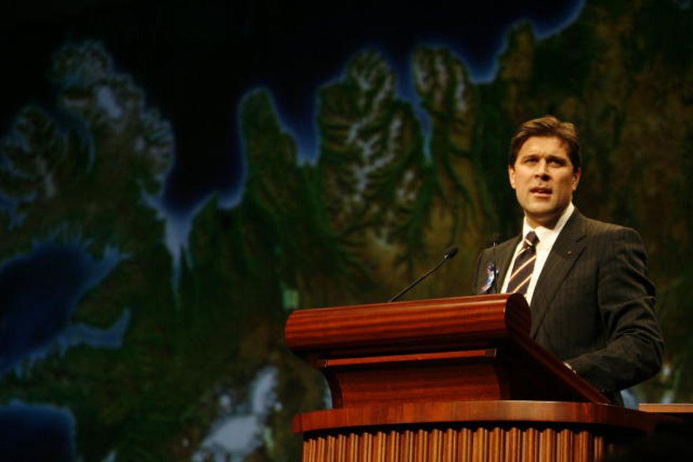 Bjarni Benediktsson ávarpar landsfundinn eftir að hann var kjörinn formaður.