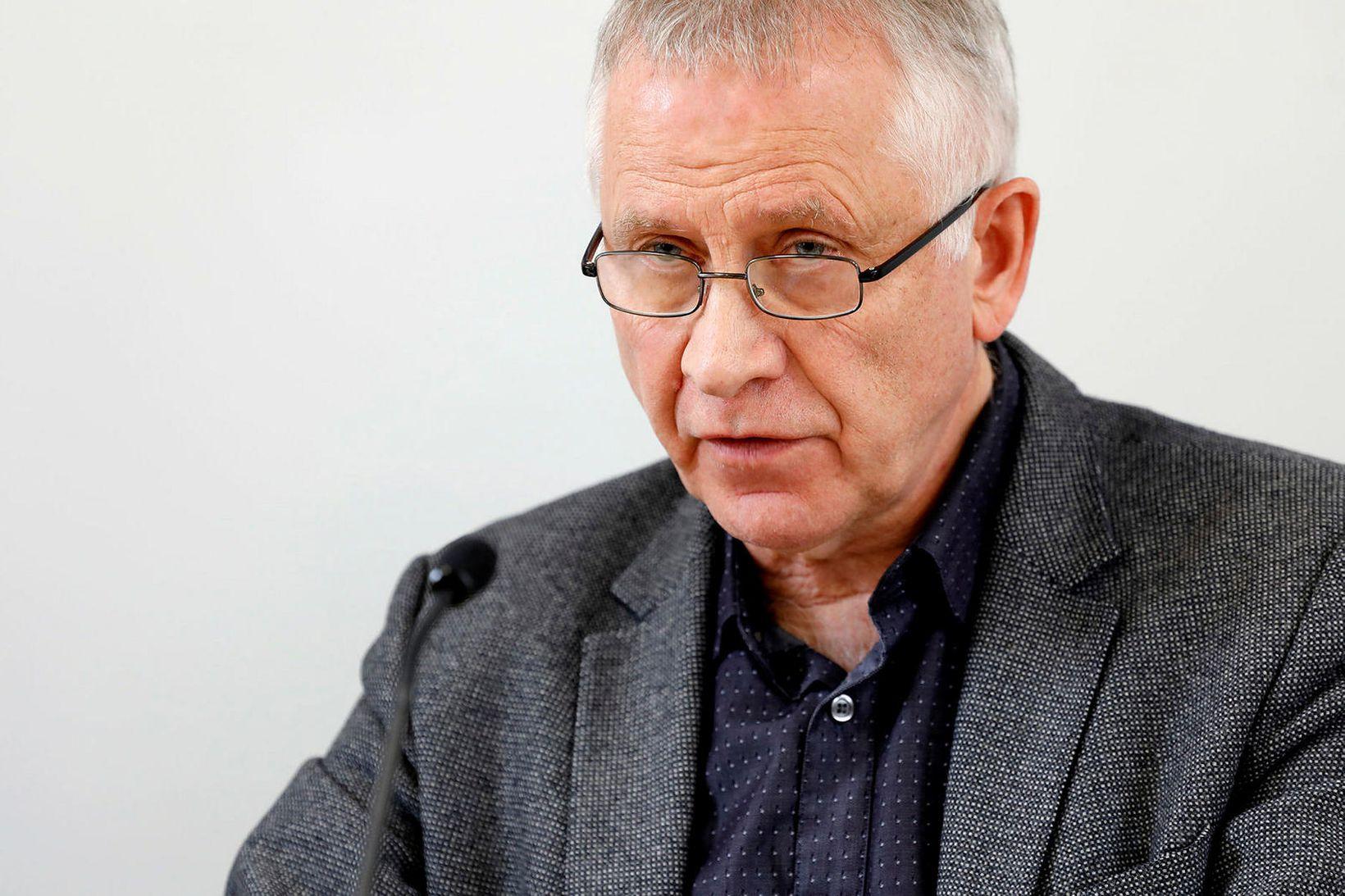 Þetta kom fram í máli Þórólfs Guðnasonar á upplýsingafundi um …