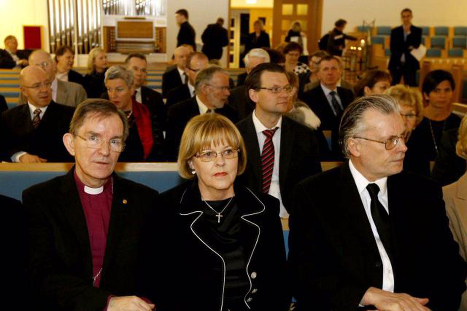 Karl Sigurbjörnsson biskup Íslands lætur af embætti í sumar.