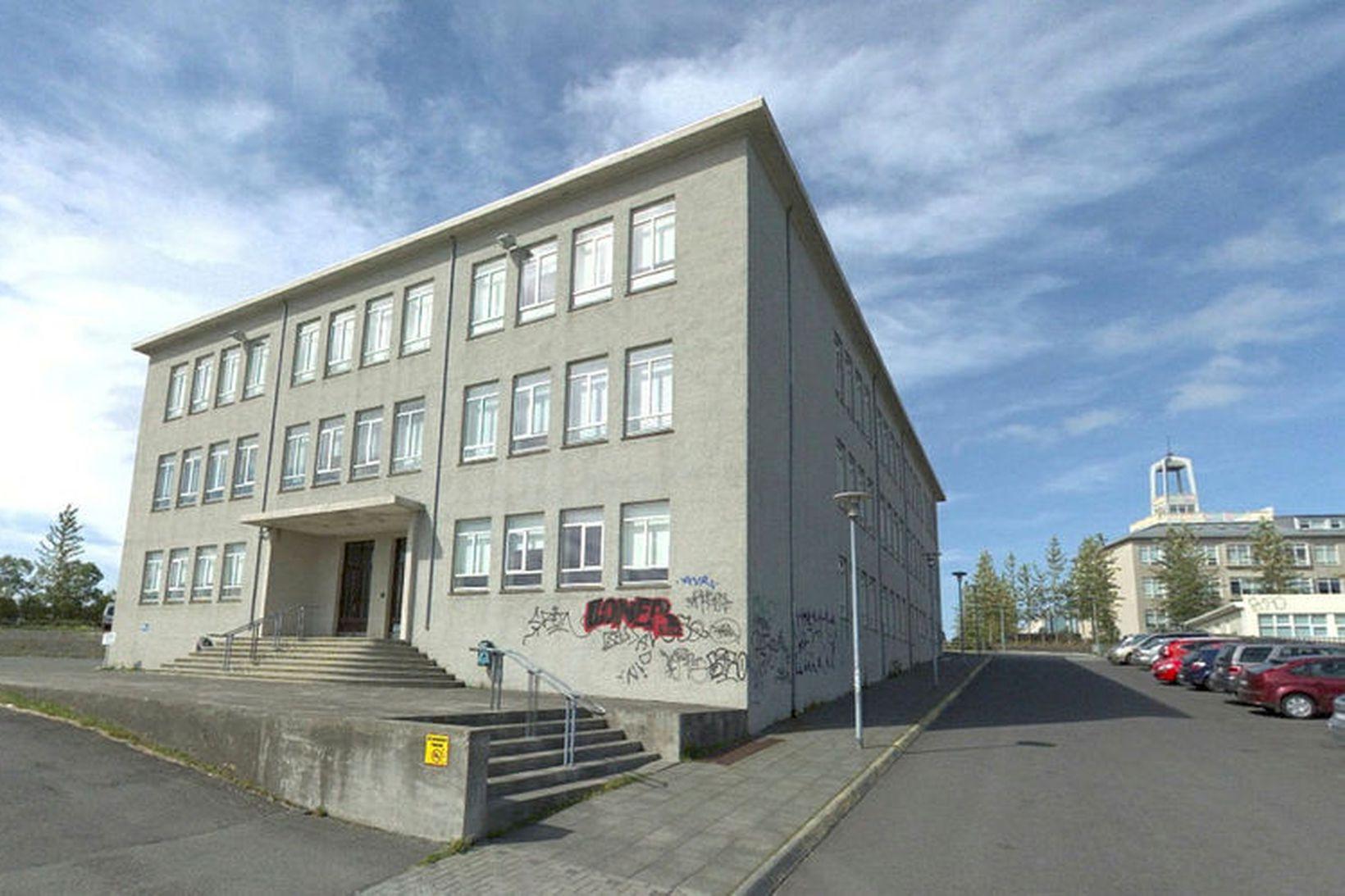 Ungbarnaleikskólinn á að rísa á lóð Vörðuskóla við Skólavörðuholtið.